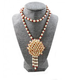 Pearl Necklace 03
